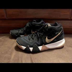 🔥🔥 Kyrie Nike sneakers 🔥🔥